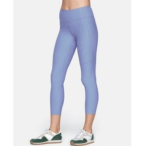 Outdoor voices warm up 3/4 compression leggings